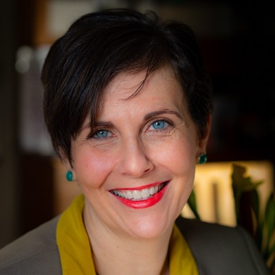 Becoming a Personal Stylist with Tracey Moys, USNA '96